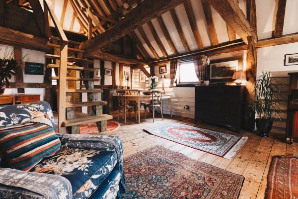 Granary Barn - Living Room