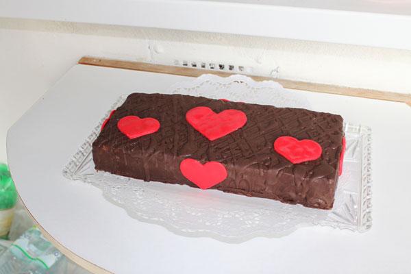 Valentín, koláče , plnka kakaová, dobošové rezy, plnené pláty, nepečený koláč, rýchly