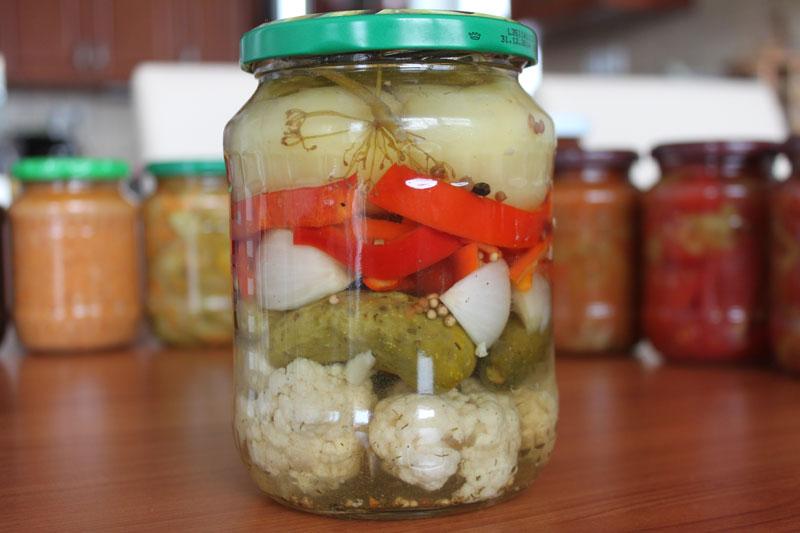 Zeleninový mix, sladký život, sterilizovaná zelenina, nakladaná zelenina, miešaná zaváraná zelenina