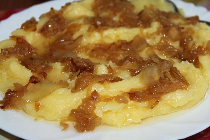 zemiaková kaša, kaša so zemiakov, kaša s osmaženou cibuľkou, sladký život