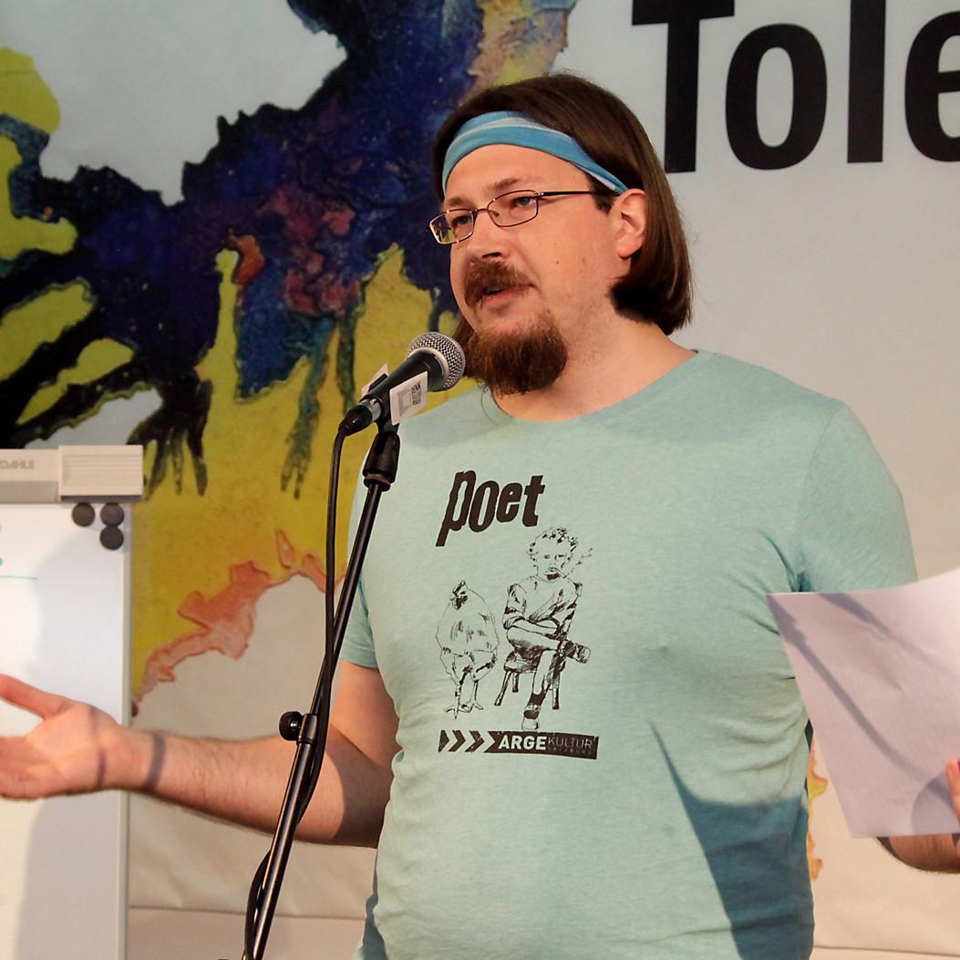 Simon Tomaz
