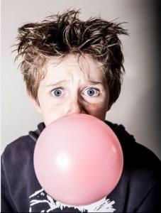 RESPECT - Boy chewing gum