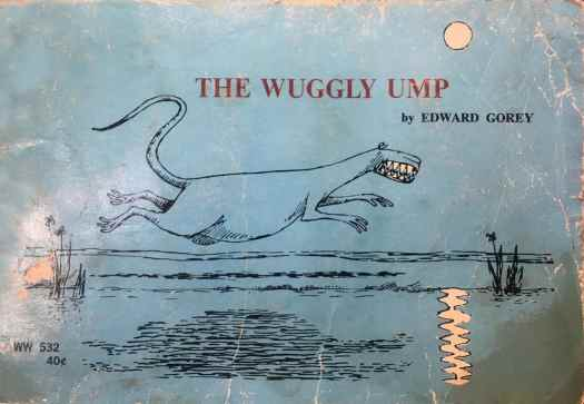 Edward Goreys mordant masterpiece The Wuggly Ump charts the fate of three wholesome children whose happy days weaving chains of flowers are cut short when the mysterious Wuggly Ump hurtles from its den in search of tasty tots.