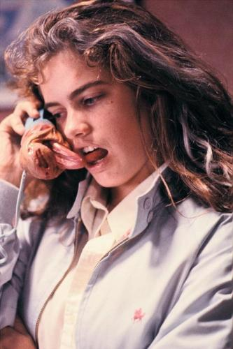 still-of-heather-langenkamp-in-a-nightmare-on-elm-street