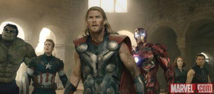 Avengers Age of Ultron - full team 2