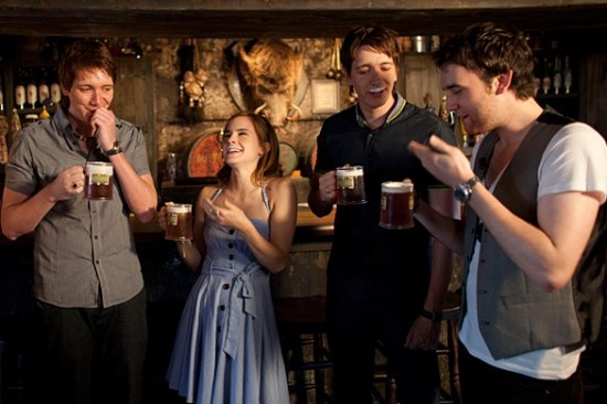 Harry Potter cast drinking butterbeer