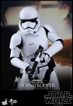 Hot Toys - Star Wars - The Force Awakens - First Order Stormtrooper Collectible Figure_PR6
