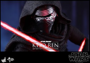 Hot Toys - Star Wars - The Force Awakens - Kylo Ren Collectible Figure_PR13