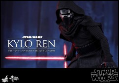 Hot Toys - Star Wars - The Force Awakens - Kylo Ren Collectible Figure_PR9