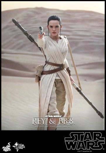 Hot Toys - Star Wars - The Force Awakens - Rey & BB-8 Collectible Set_PR7
