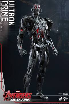 Hot Toys Ultron 3