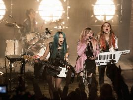 Jem and the Holograms (5)
