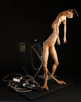 Rick Baker - 42817_Men_in_Black_2_Worm_Large_Mechanical_6
