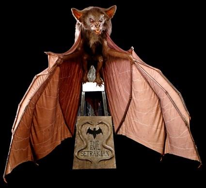 Rick Baker - 46055_Batman_Large_Bat_on_Rig_1