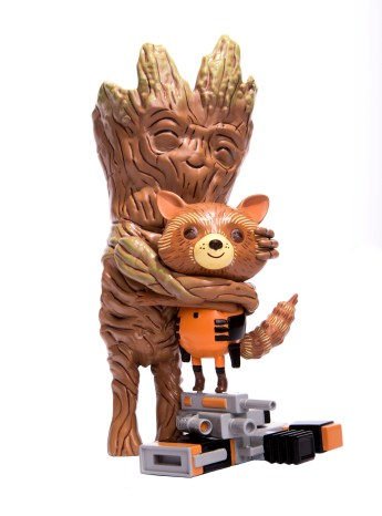 Mondo Rocket and Groot treehugger vinyl figure