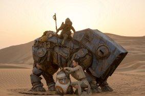 Star Wars The Force Awakens rey bb-8 4