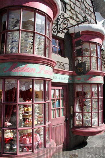 Wizarding World of Harry Potter - Madam Puddifoot's Tea Shop