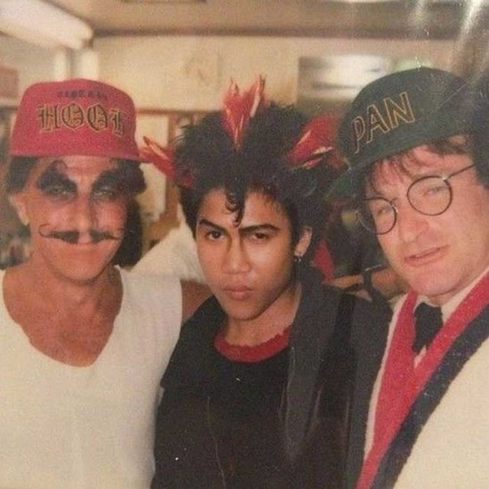 Dustin Hoffman, Dante Basco and Robin Williams on the set of Hook