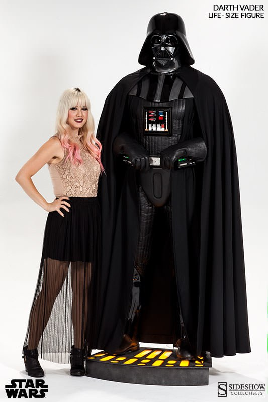 Sideshow Collectibles: Life-Size Darth Vader