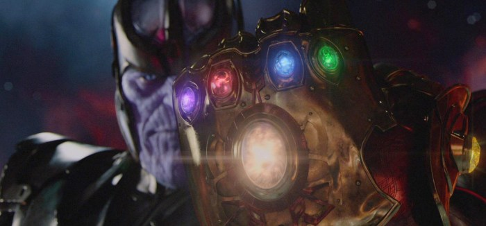 Avengers Infinity War Set Photo - Thanos