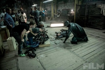 batmanvsuperman-batman-ground-onset