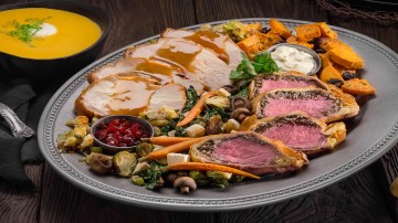 christmas in the wizarding world of harry potter hollywood food