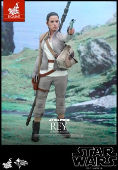 The Force Awakens - Hot Toys - Rey Resistance Figure