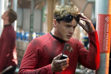hr_Star_Trek_Into_Darkness_23