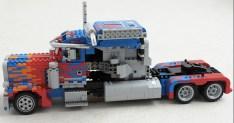 lego-optimusprime2
