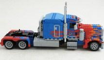 lego-optimusprime4