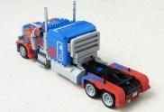 lego-optimusprime5