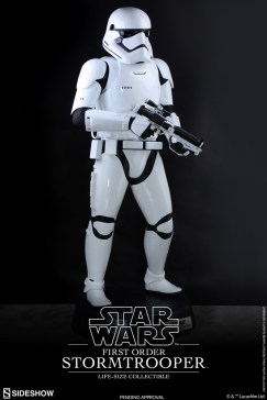 life size stormtrooper 4