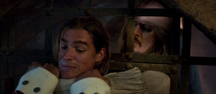 Pirates of the Caribbean Dead Men Tell No Tales Clips