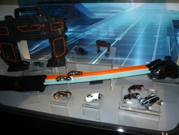 sdcc10-tron-toys-8