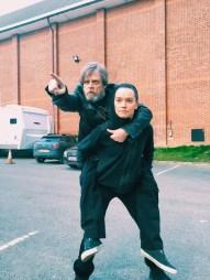 starwars8-hamill-ridley-onthelot-piggyback