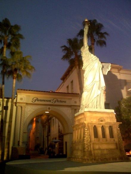 Cloverfield Statue