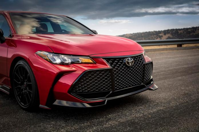 2020 Toyota Camry Trd And Avalon Trd Get Unexpectedly Fierce Slashgear
