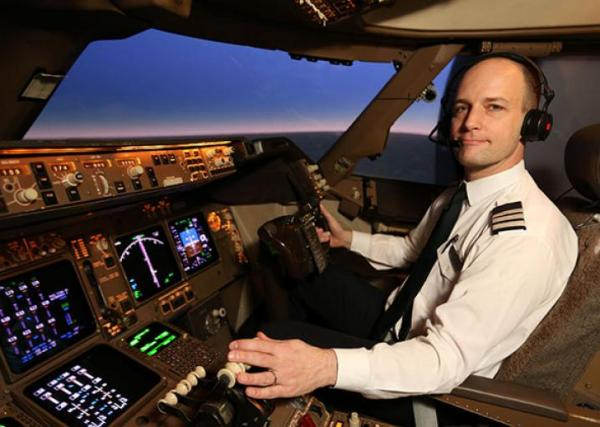 Why pilots love flying 747 jets.
