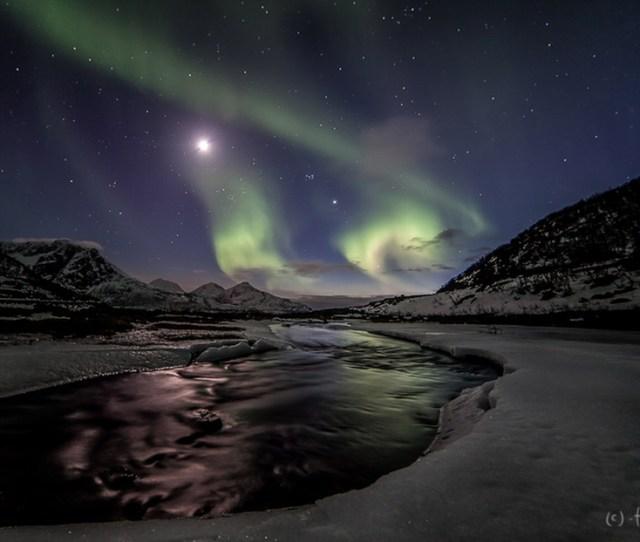 Mortensen_aurora_ice