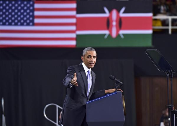 Obama Cracks Birther Joke in Kenya