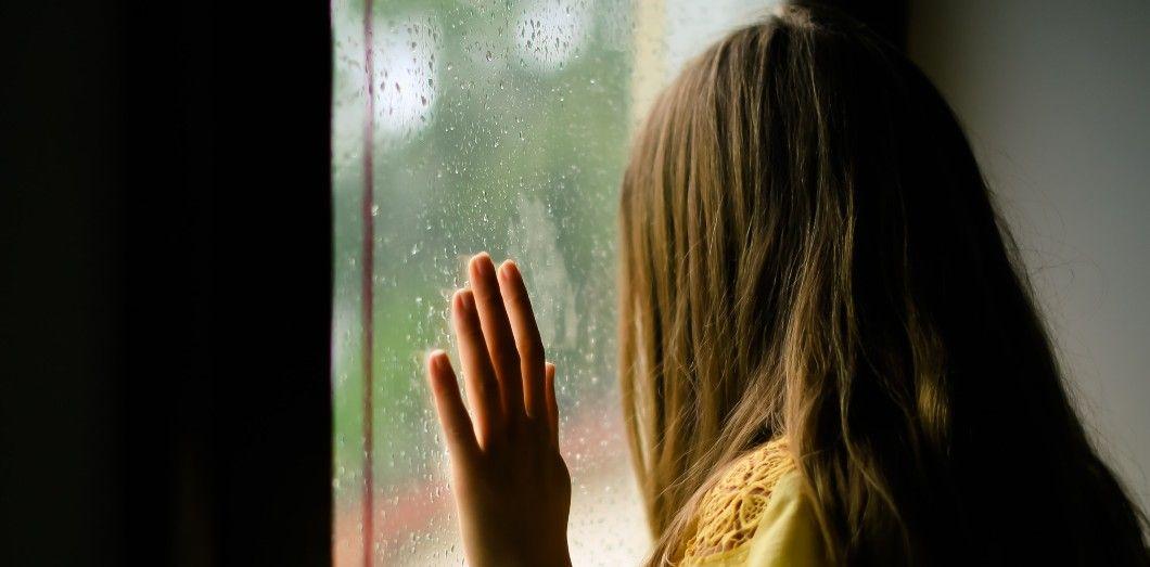 «Les parents devraient être sensibilisés très tôt à l'existence d'agression sexuelle entre les enfants.»|Ava Solvia Unsplash
