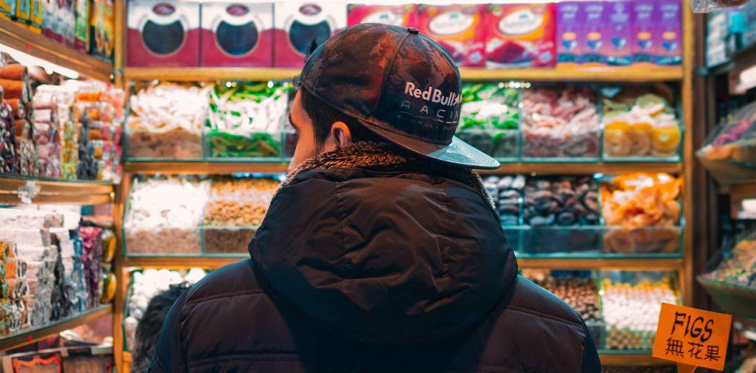 David Chang consière ces allées comme le«dernier bastion du racisme visible en plein jour dans le commerce de détail américain.»|Benjamin Sow via Unsplash