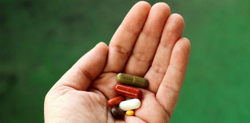 «La distinction entre substances légales et illégales n'est pas fondée sur la recherche pharmacologique, mais sur des considérations historiques et culturelles.» | Guvo59 via Pixabay