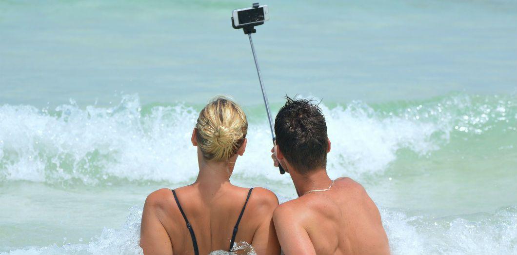 La première cause de mort par selfie est la noyade | Ben_Kerckx via Pixabay CC License by