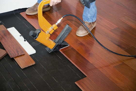 floating floor vs nail down