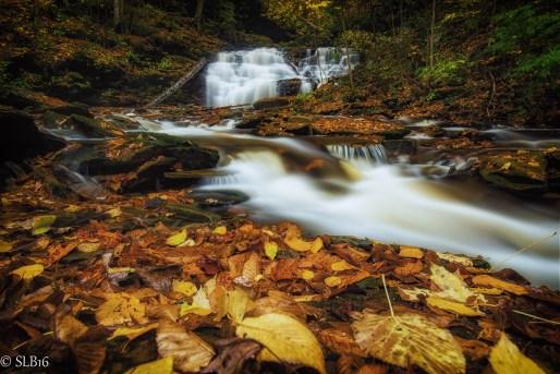 Waterfalls, Mochian Falls