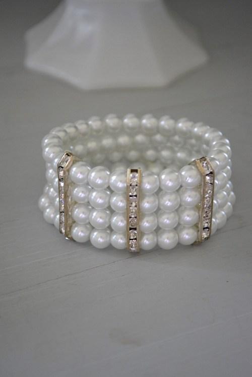 Pearl Stretch Bracelet, Pearl Costume Jewelry, Pearl Bracelet