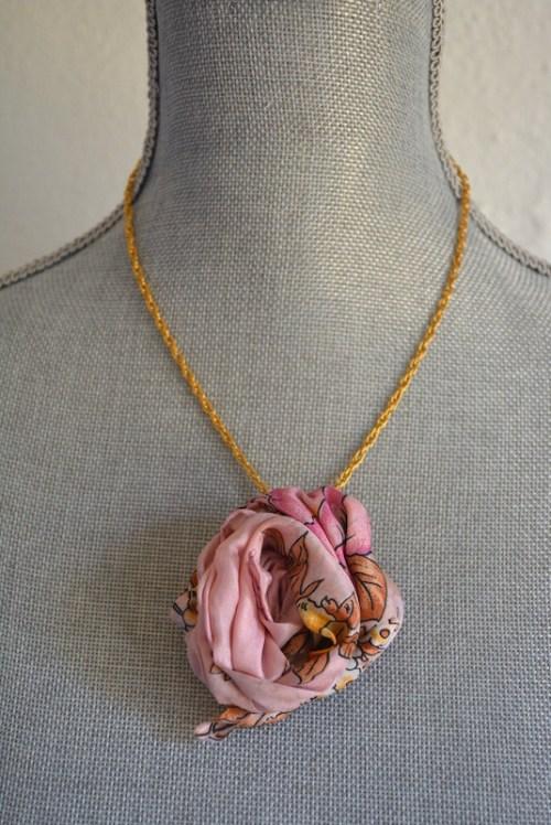 Pink Flower Necklace, Pink Flower, Vintage Material, Fabric Flower Jewelry, Pink Fabric Flower Necklace, Vintage Flower, Handmade Flower