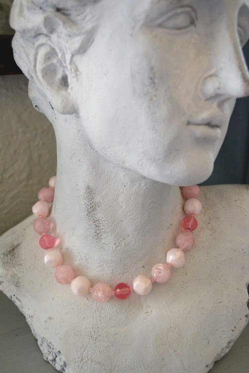 Pinks Beaded Necklace,Pink Beaded Necklace, Vintage Pink Necklace,Pink Necklace