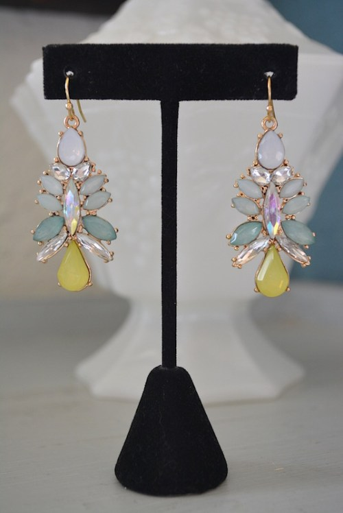 Icy Mint Earrings, Mint Earrings, Spring Colors Earrings, Mint and Yellow Earrings